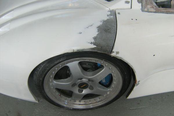 delanda-tb-lhf-wheel-arch-during-repairFBA9E896-80A3-6EDE-4EB1-1D45530B7B33.jpg